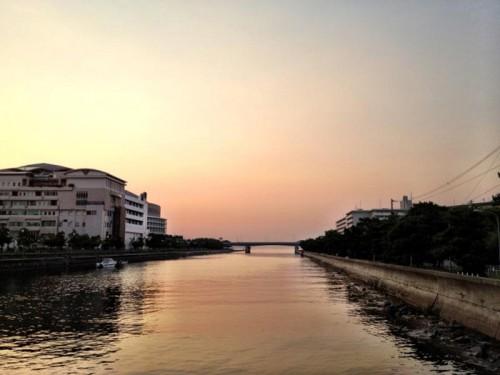Zepp Fukuokaの周りは空が広かった