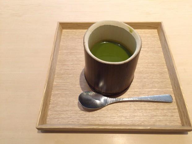 抹茶餡の峰岡豆腐