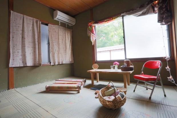 「洗濯船」2Fに住んでる機織りが趣味の子の部屋